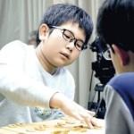 既報の通り、今年の小学生名人は炭崎俊毅君
